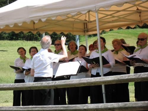 Singing at Versciaco near the Austrian border